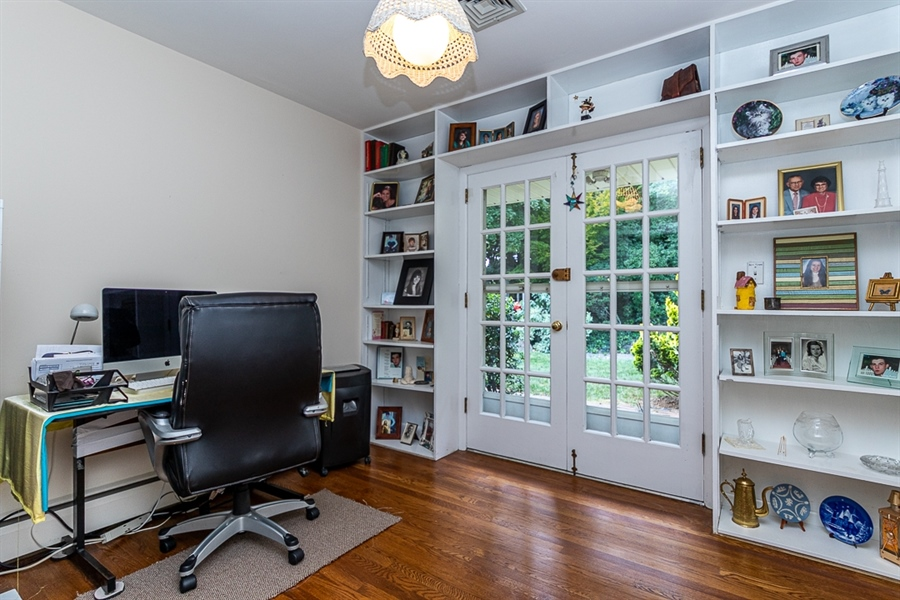 Real Estate Photography - 9 Crest Dr, Hockessin, DE, 19707 - Bedroom currently used as office