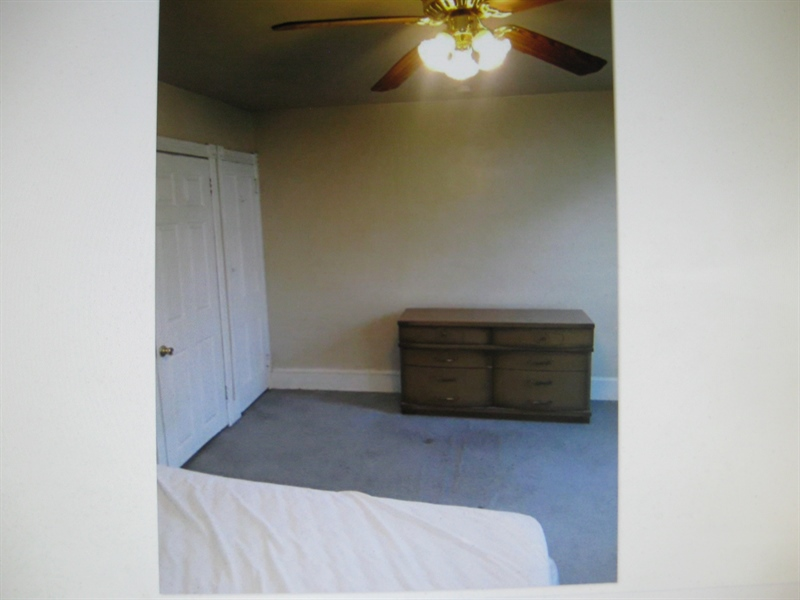 Real Estate Photography - 2410 Lamotte St, Wilmington, DE, 19802 - Bedroom