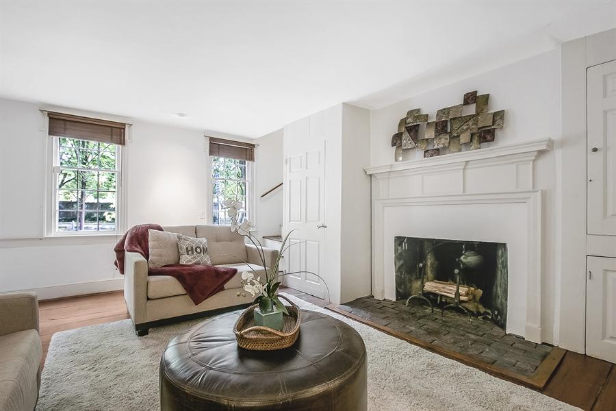 Real Estate Photography - 47 E 2nd St, New Castle, DE, 19720 - Living Room