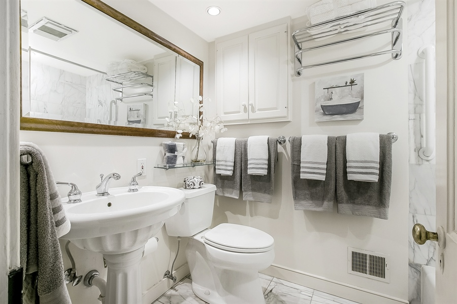 Real Estate Photography - 47 E 2nd St, New Castle, DE, 19720 - Full Marble Bath 2nd Floor