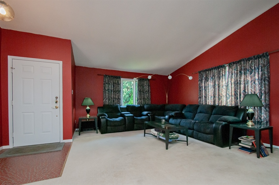 Real Estate Photography - 5455 Pinehurst Dr, Wilmington, DE, 19808 - ...and can let in lots of natural light.