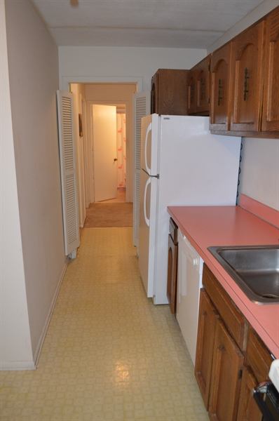 Real Estate Photography - 72 Welsh Tract Rd, Newark, DE, 19713 - Another View of Galley Kitchen