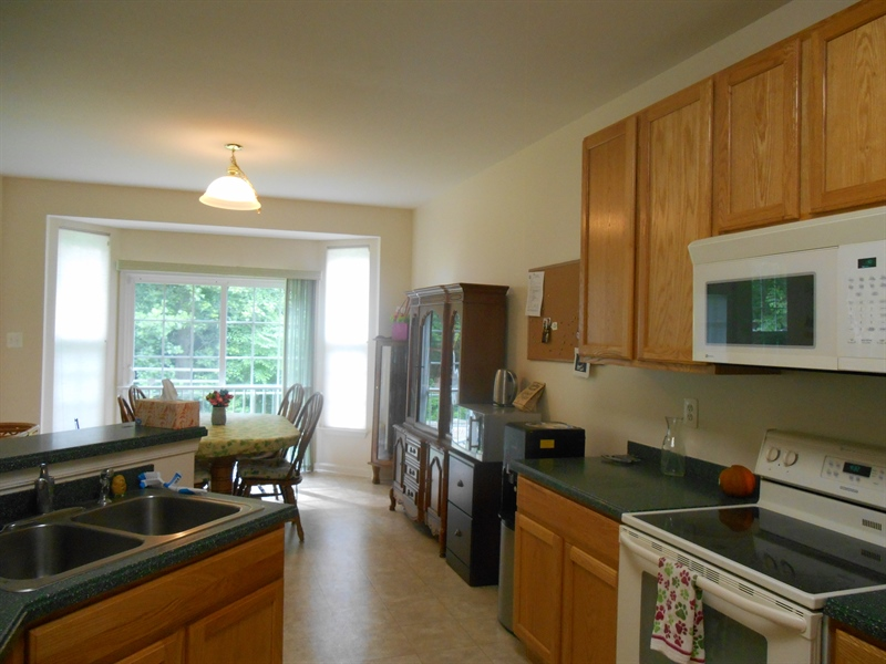 Real Estate Photography - 64 Buntings Mill Ct, Selbyville, DE, 19975 - Kitchen