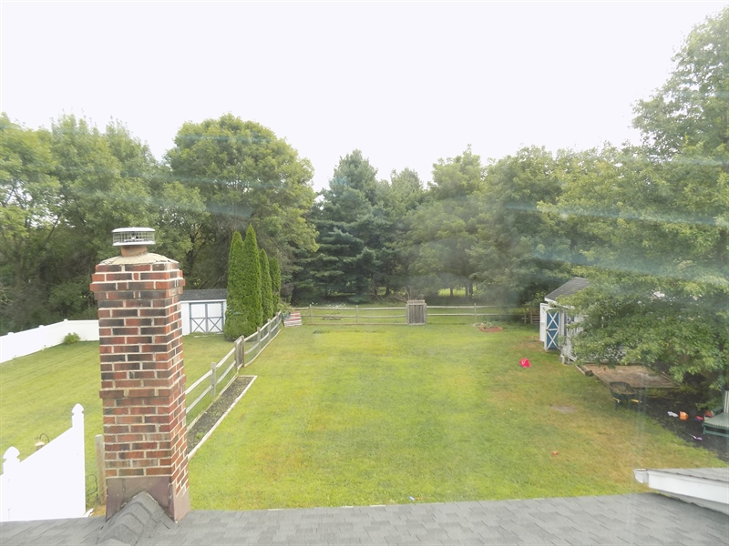 Real Estate Photography - 1128 Red Barn Ln, Quakertown, PA, 18951 - Fenced in back yard