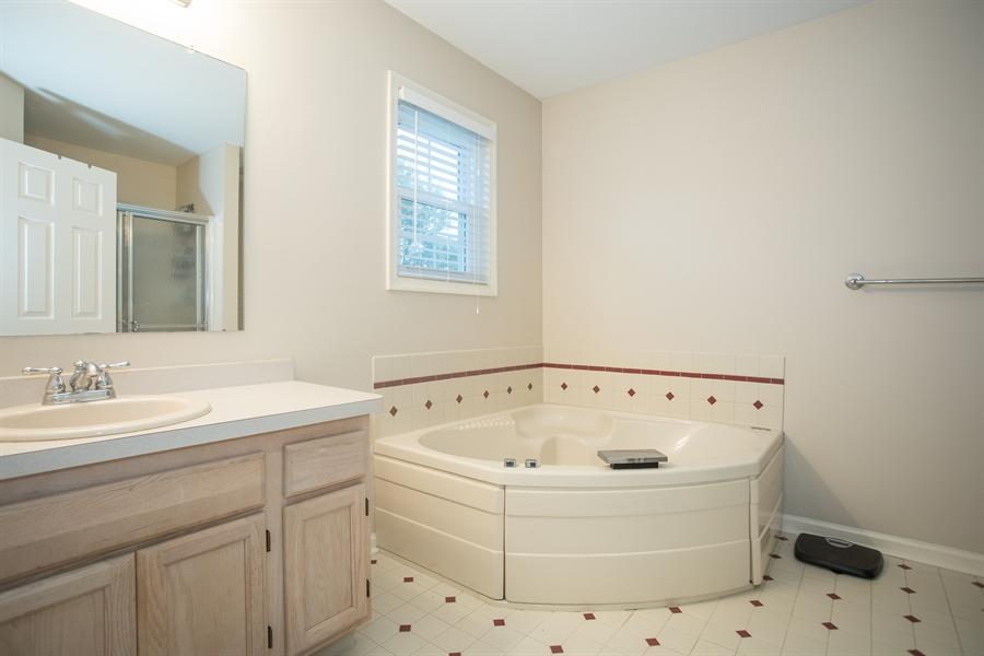 Real Estate Photography - 18 Somerset Ln, Newark, DE, 19711 - Master Bathroom