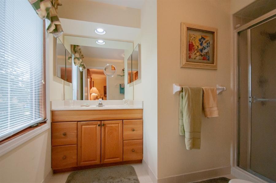 Real Estate Photography - 10 Laurel Ct, Wilmington, DE, 19808 - Master Bath