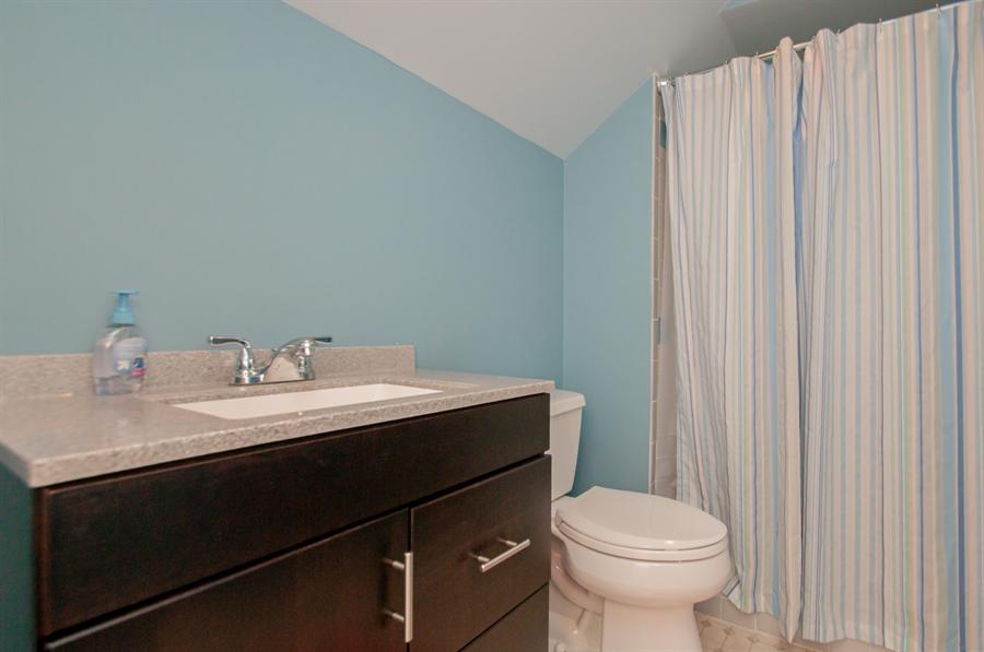 Real Estate Photography - 10 Laurel Ct, Wilmington, DE, 19808 - Bedroom 3 Full Bath
