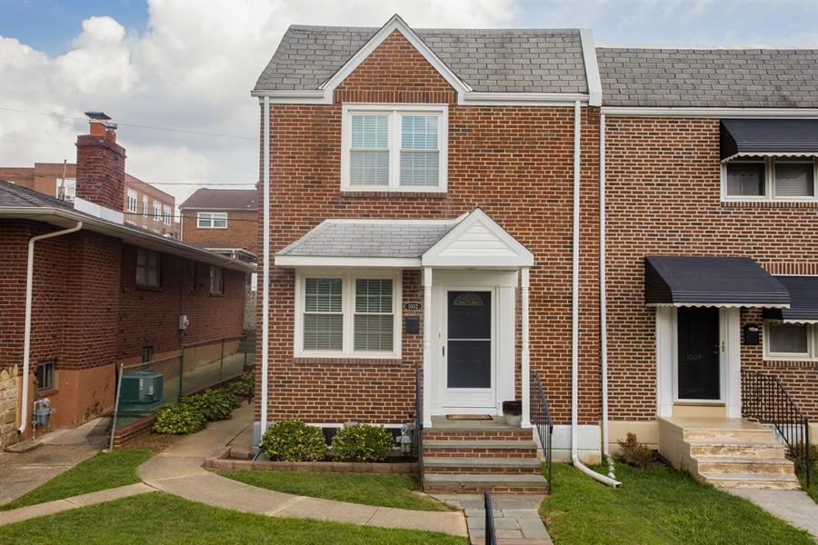 Real Estate Photography - 1002 Coyne Pl, Wilmington, DE, 19805 - Welcome Home!