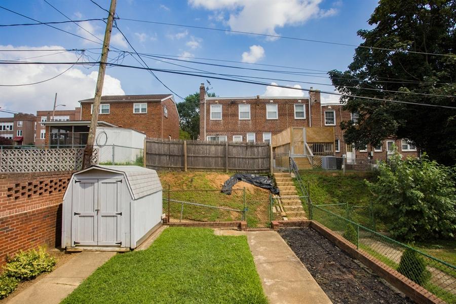 Real Estate Photography - 1002 Coyne Pl, Wilmington, DE, 19805 - Backyard