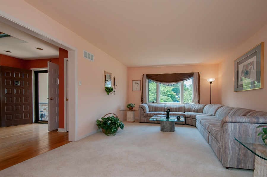 Real Estate Photography - 205 Louis Ln, Hockessin, DE, 19707 - Large Living Room