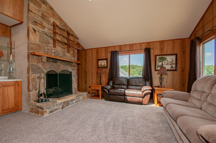 Real Estate Photography - 205 Louis Ln, Hockessin, DE, 19707 - Grand Family Room