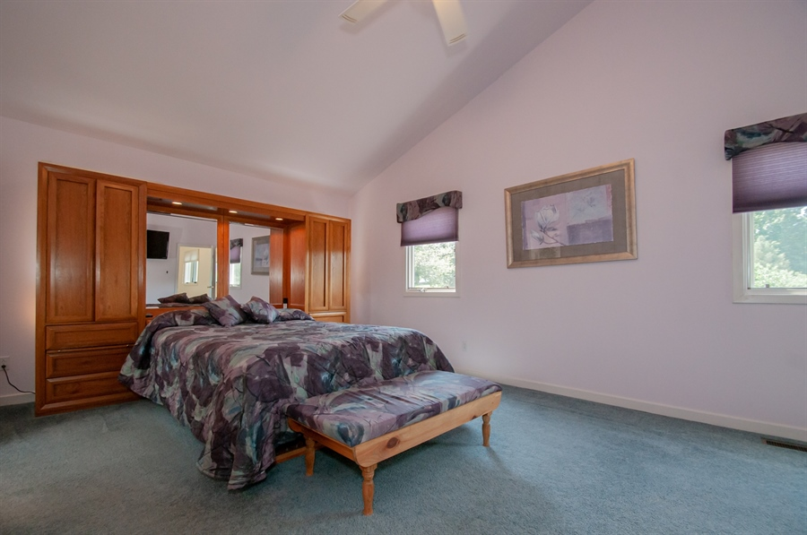 Real Estate Photography - 205 Louis Ln, Hockessin, DE, 19707 - Owners Bedroom w Vaulted Ceiling