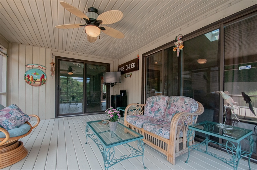 Real Estate Photography - 205 Louis Ln, Hockessin, DE, 19707 - Screened Porch