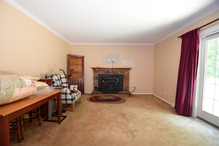 Real Estate Photography - 426 Arbour Dr, Newark, DE, 19713 - Family room