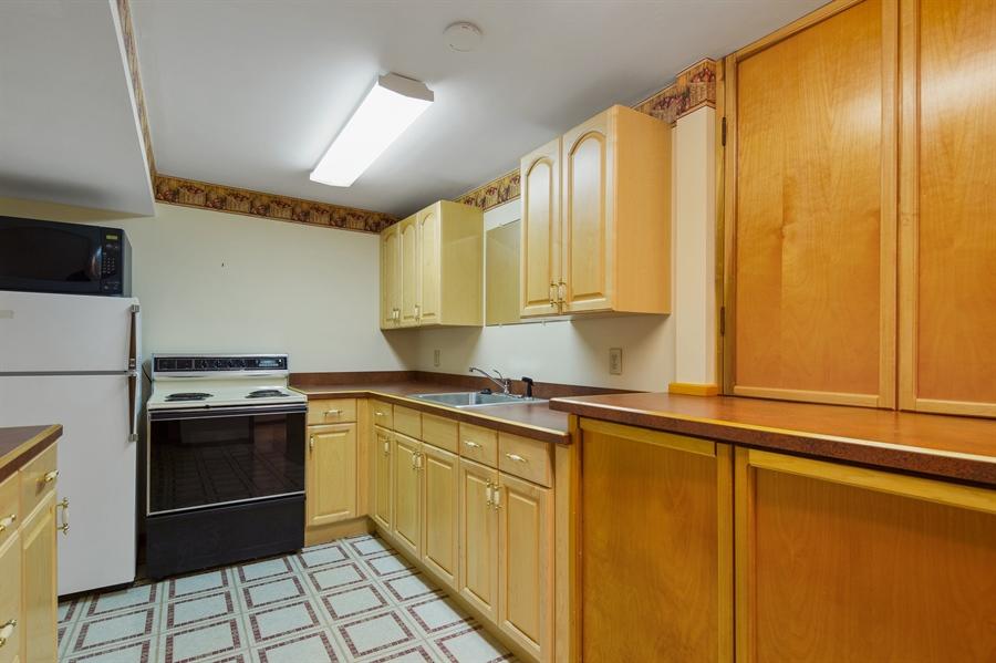 Real Estate Photography - 270 Delaplane Ave, Newark, DE, 19711 - Lower level kitchen
