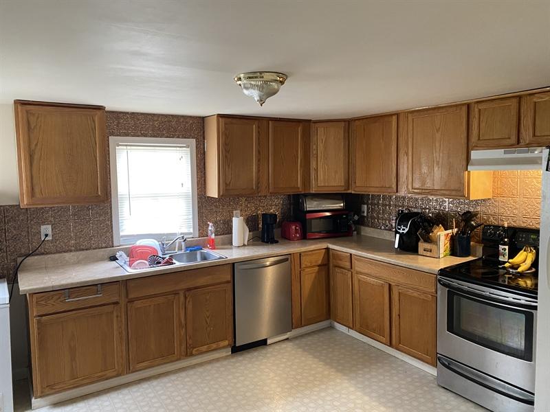 Real Estate Photography - 513 N Cannon St, Bridgeville, DE, 19933 - Location 3
