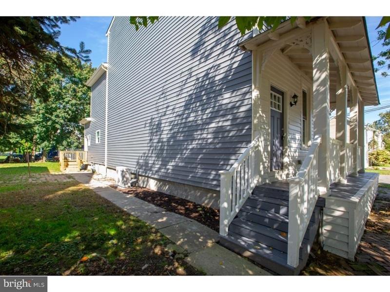 Real Estate Photography - 300 Washington St, Delaware City, DE, 19706 - Location 19