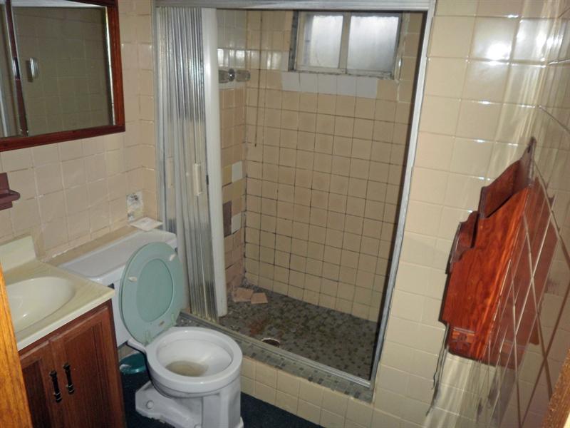Real Estate Photography - 404 Stanton Rd, Wilmington, DE, 19804 - basement bathroom that needs work