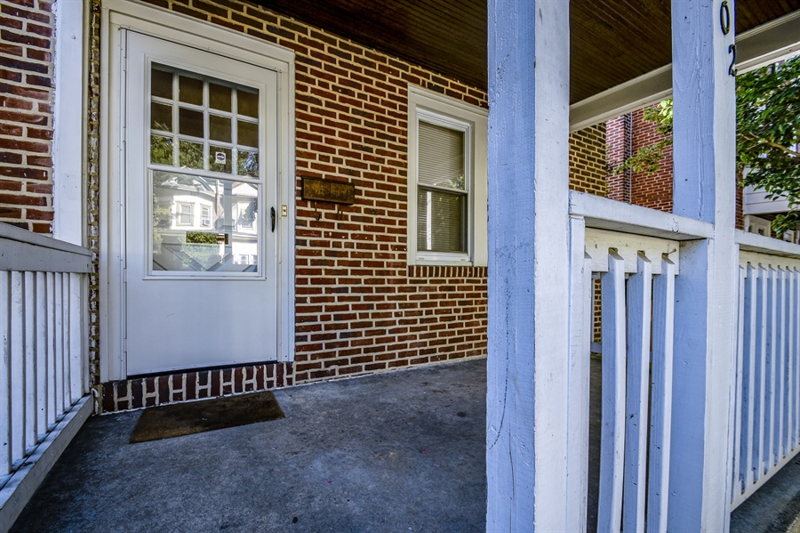 Real Estate Photography - 302 W 33rd St, Wilmington, DE, 19802 - Location 3
