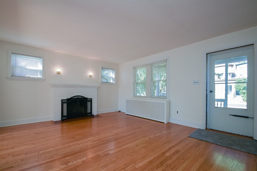 Real Estate Photography - 302 W 33rd St, Wilmington, DE, 19802 - Location 4