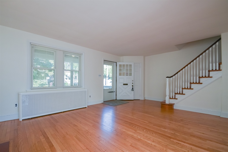 Real Estate Photography - 302 W 33rd St, Wilmington, DE, 19802 - Location 5