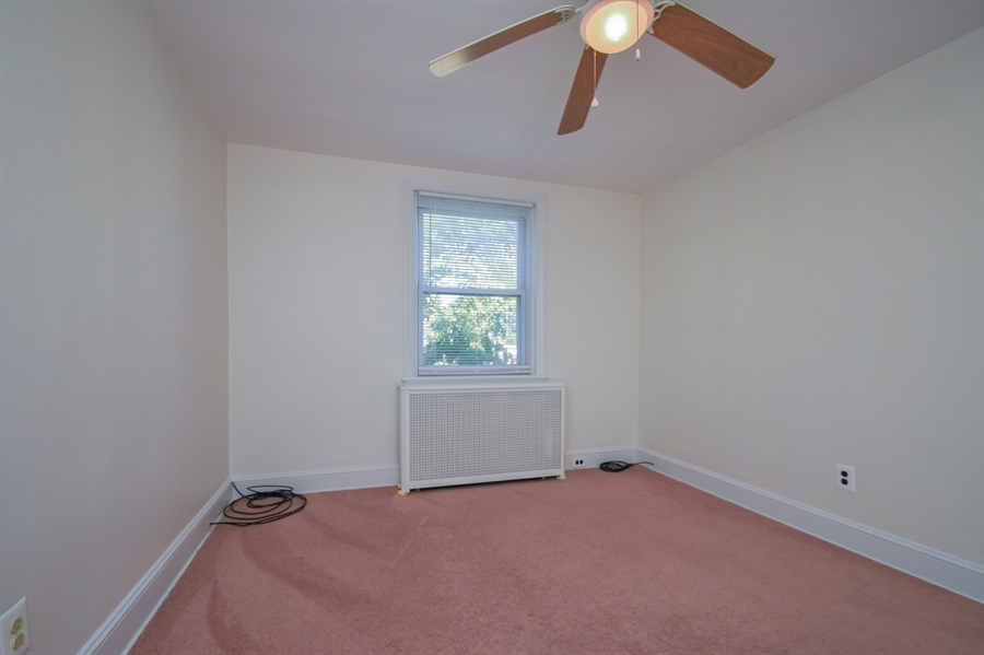 Real Estate Photography - 302 W 33rd St, Wilmington, DE, 19802 - Location 10