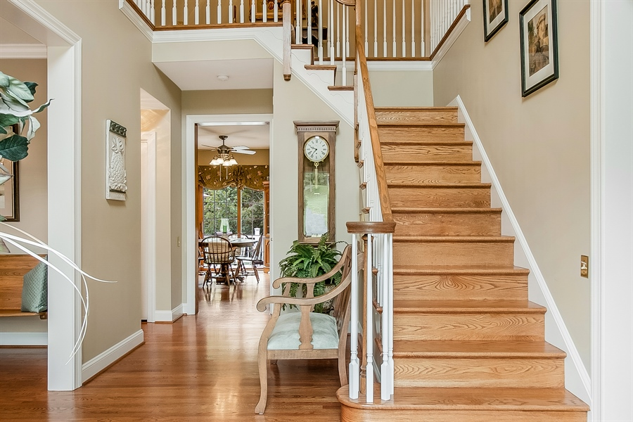 Real Estate Photography - 525 Ridgeview Dr, Hockessin, DE, 19707 - Grand Two Story Entrance Foyer