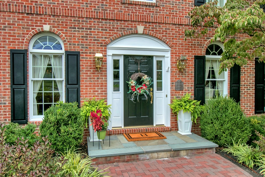 Real Estate Photography - 525 Ridgeview Dr, Hockessin, DE, 19707 - Gracious and Welcoming Entrance