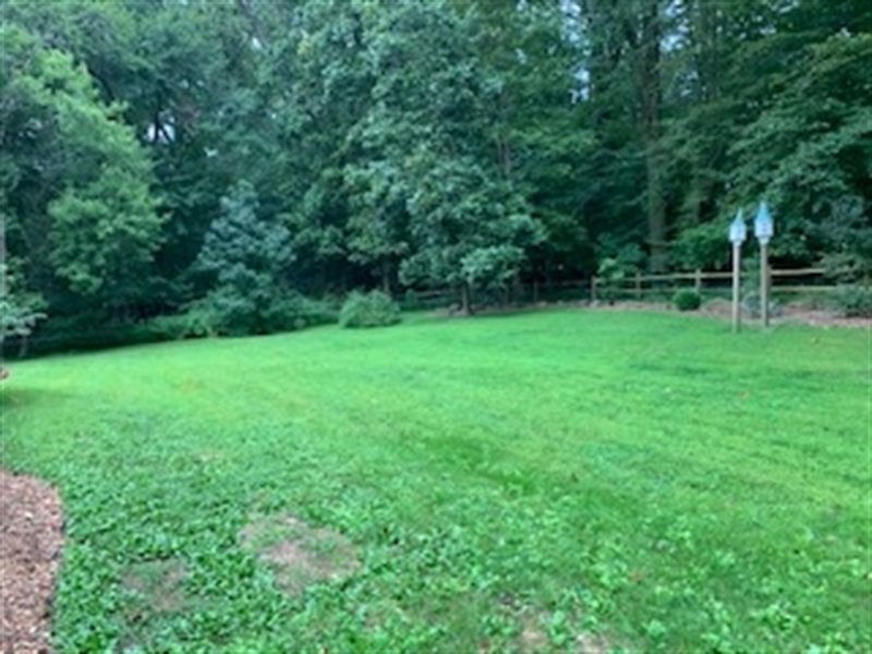 Real Estate Photography - 784 Shavertown Rd, Garnet Valley, PA, 19060 - Large fenced in yard