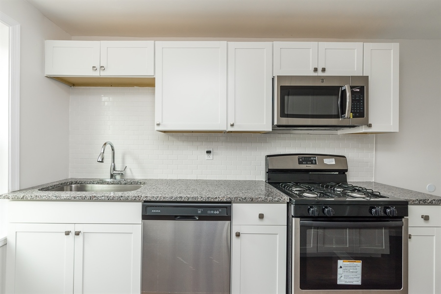 Real Estate Photography - 3038 W Court Ave, Claymont, DE, 19703 - Brand New Appliances