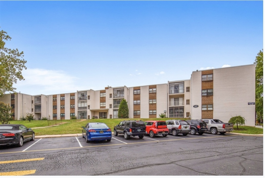 Real Estate Photography - 60 Welsh Tract Road #107, 107, newark, DE, 19713 - Location 1