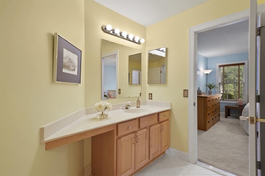 Real Estate Photography - 30 Fall Brooke Rd, Newark, DE, 19711 - Second Floor Full Bath
