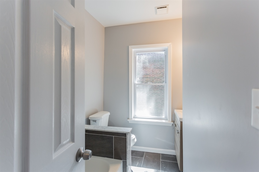 Real Estate Photography - 712 W 27th St, Wilmington, DE, 19802 - Location 16