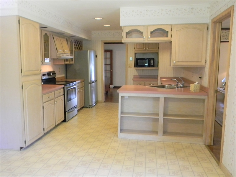 Real Estate Photography - 210 Atlanta Ct, Elkton, MD, 21921 - Kitchen with Ample Storage