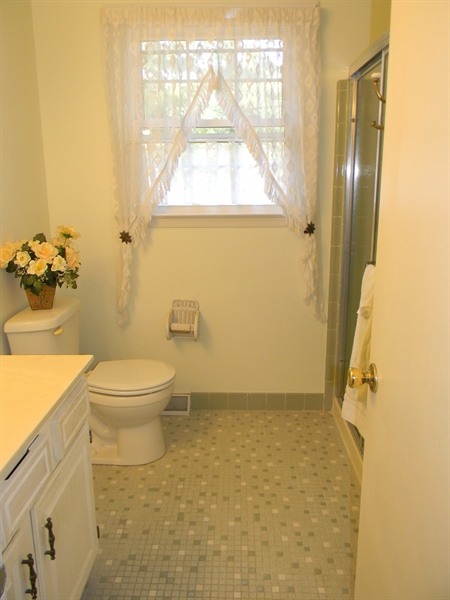 Real Estate Photography - 210 Atlanta Ct, Elkton, MD, 21921 - Master Bath
