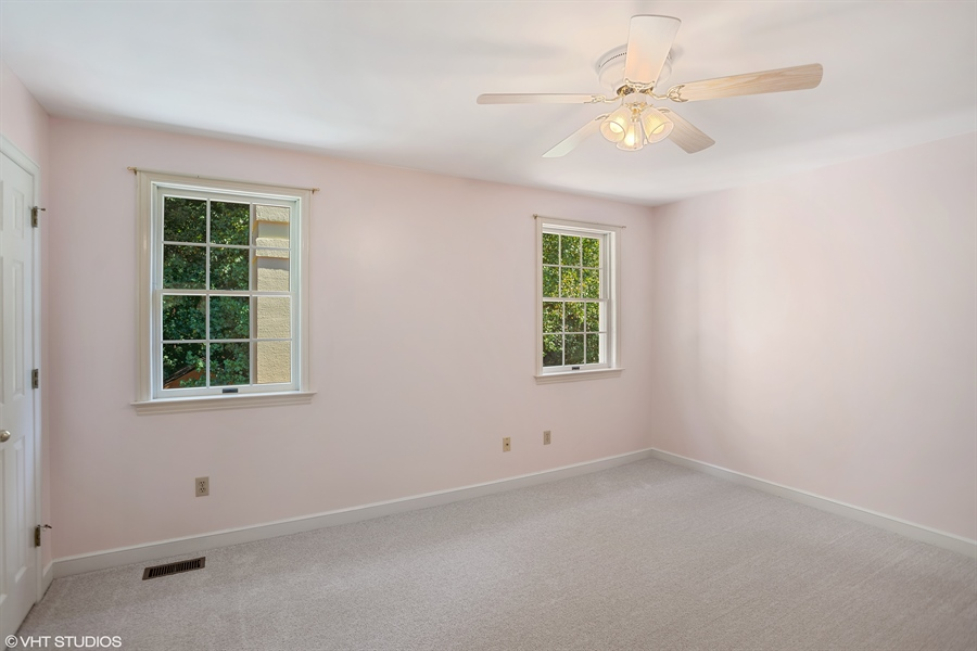Real Estate Photography - 405  Wren Lane, Kennet Square, DE, 19348-2662 - Location 16