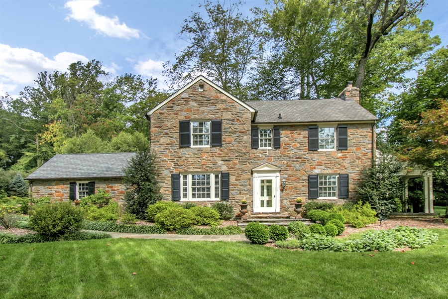 Real Estate Photography - 300 Kennett Pike, Chadds Ford, PA, 19317 - Welcome to 300 Kennett Pike