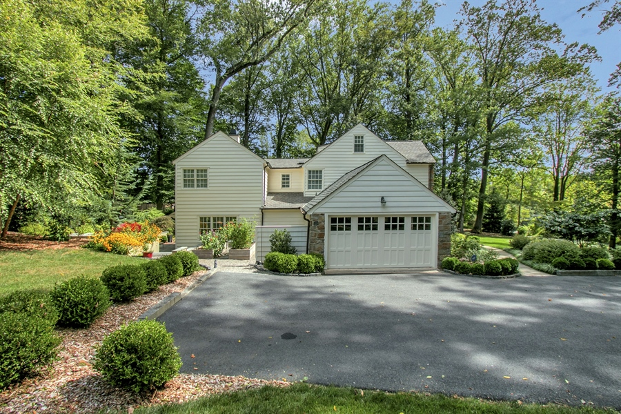Real Estate Photography - 300 Kennett Pike, Chadds Ford, PA, 19317 - 2 Car Garage & Ample Driveway Parking
