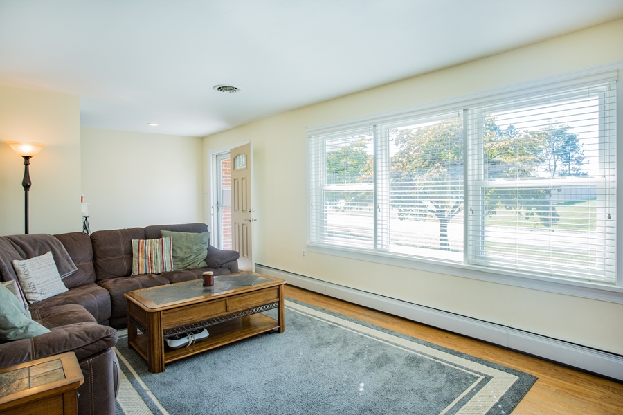 Real Estate Photography - 404 Cushman Rd, Wilmington, DE, 19804 - Family Room