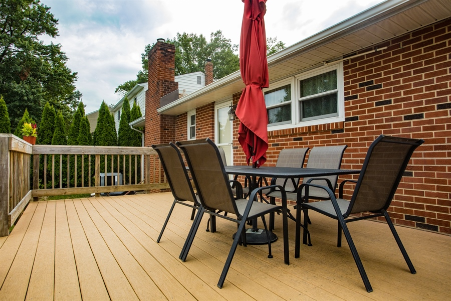Real Estate Photography - 404 Cushman Rd, Wilmington, DE, 19804 - Rear Deck