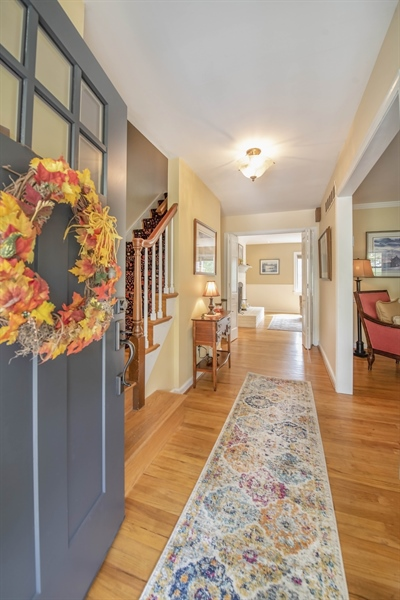 Real Estate Photography - 700 Fawn Rd, Newark, DE, 19711 - Welcoming front entrance
