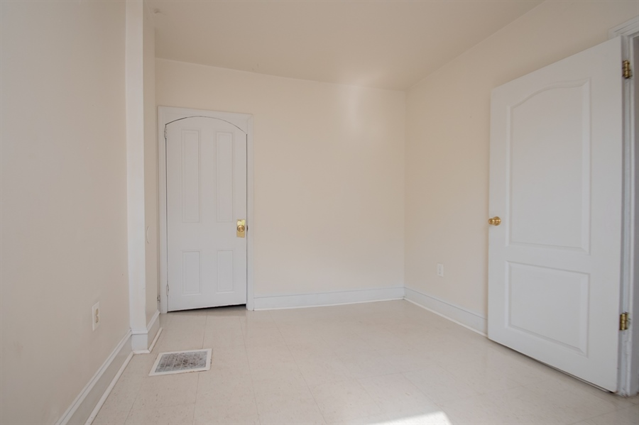 Real Estate Photography - 1030 Lancaster Ave, Wilmington, DE, 19805 - Location 17