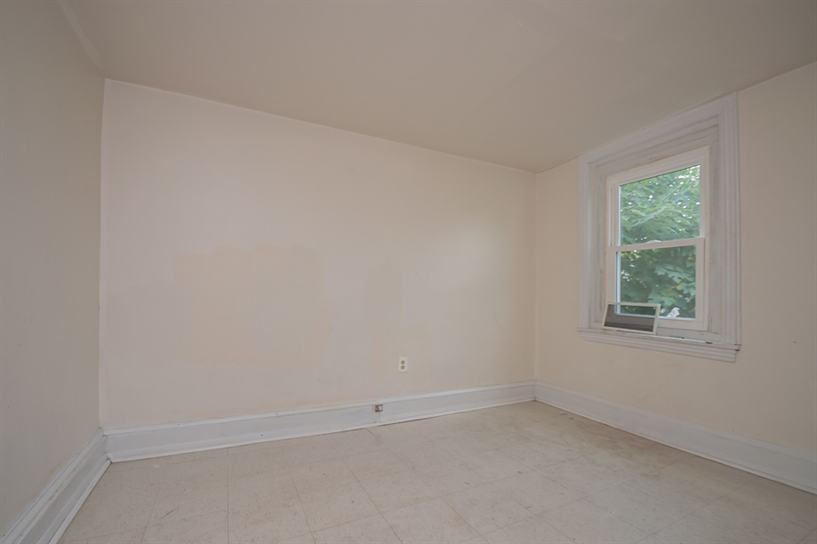 Real Estate Photography - 1030 Lancaster Ave, Wilmington, DE, 19805 - Location 21