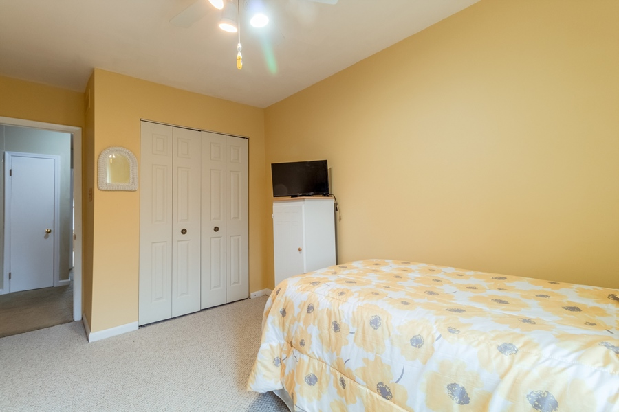Real Estate Photography - 10 West Ct, Wilmington, DE, 19810 - Bright room with ceiling fan and closet