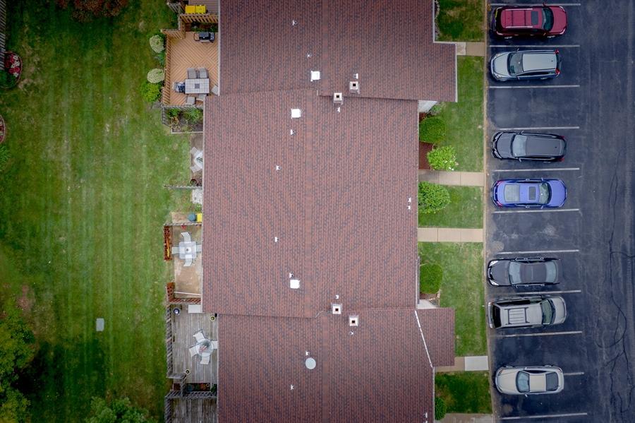 Real Estate Photography - 10 West Ct, Wilmington, DE, 19810 - Nice lot on a cul-de-sac with parking