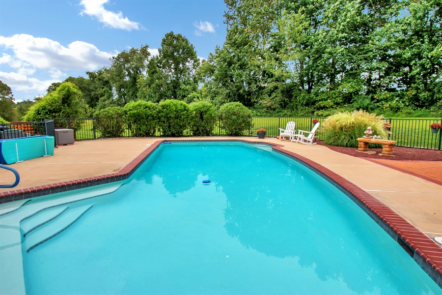 Real Estate Photography - 100 Sassafras Dr, Kennett Square, PA, 19348 - Location 21