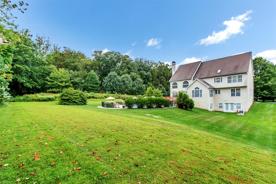 Real Estate Photography - 100 Sassafras Dr, Kennett Square, PA, 19348 - Location 23