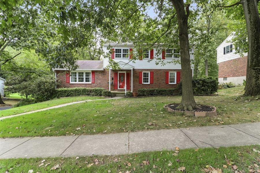 Real Estate Photography - 806 N Country Club Dr, Newark, DE, 19711 - Front View