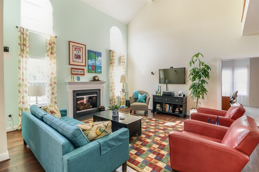 Real Estate Photography - 915 Benalli Dr, Middletown, DE, 19709 - Gorgeous sunlight throughout the main level