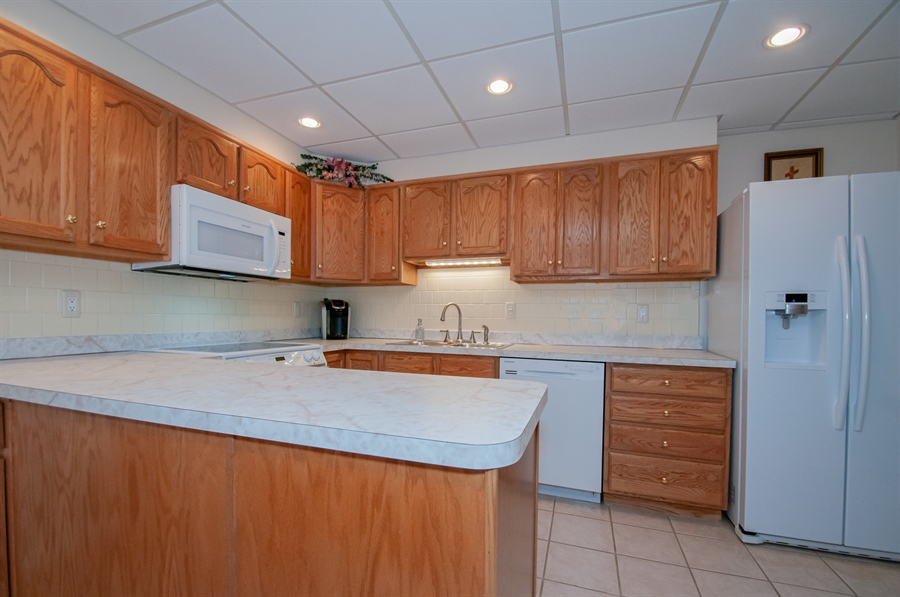 Real Estate Photography - 614 Loveville  Road #B1g, B1G, Hockessin, DE, 19707 - Spacious Kitchen